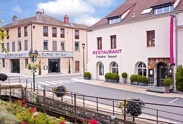 Hotel De La Poste Exterieur Charolles